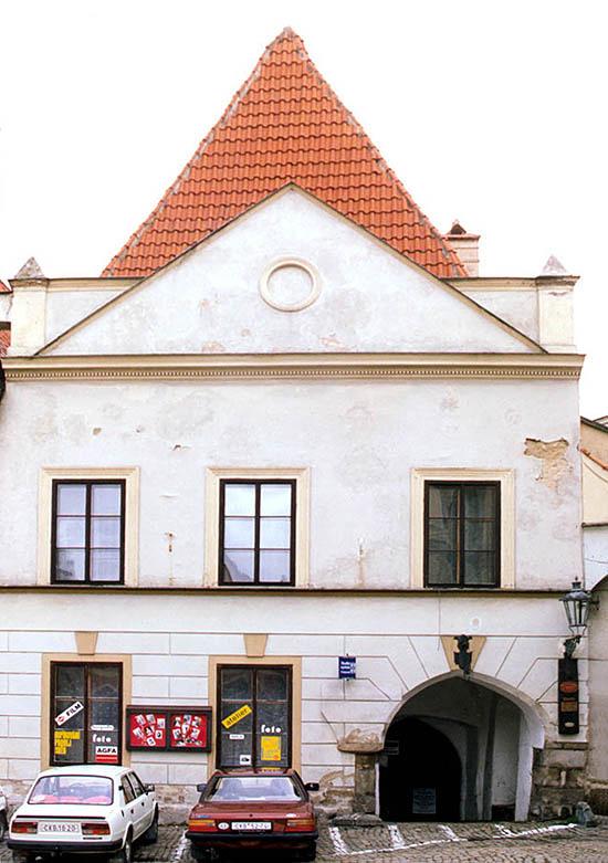 budova fotoslužeb náměstí Svornosti, Český Krumlov KasalFOTO